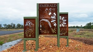 Accommodation Emerald - Emerald Gardens Motel & Apartments - Home