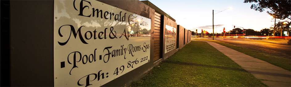 Accommodation Emerald - Emerald Gardens Motel & Apartments